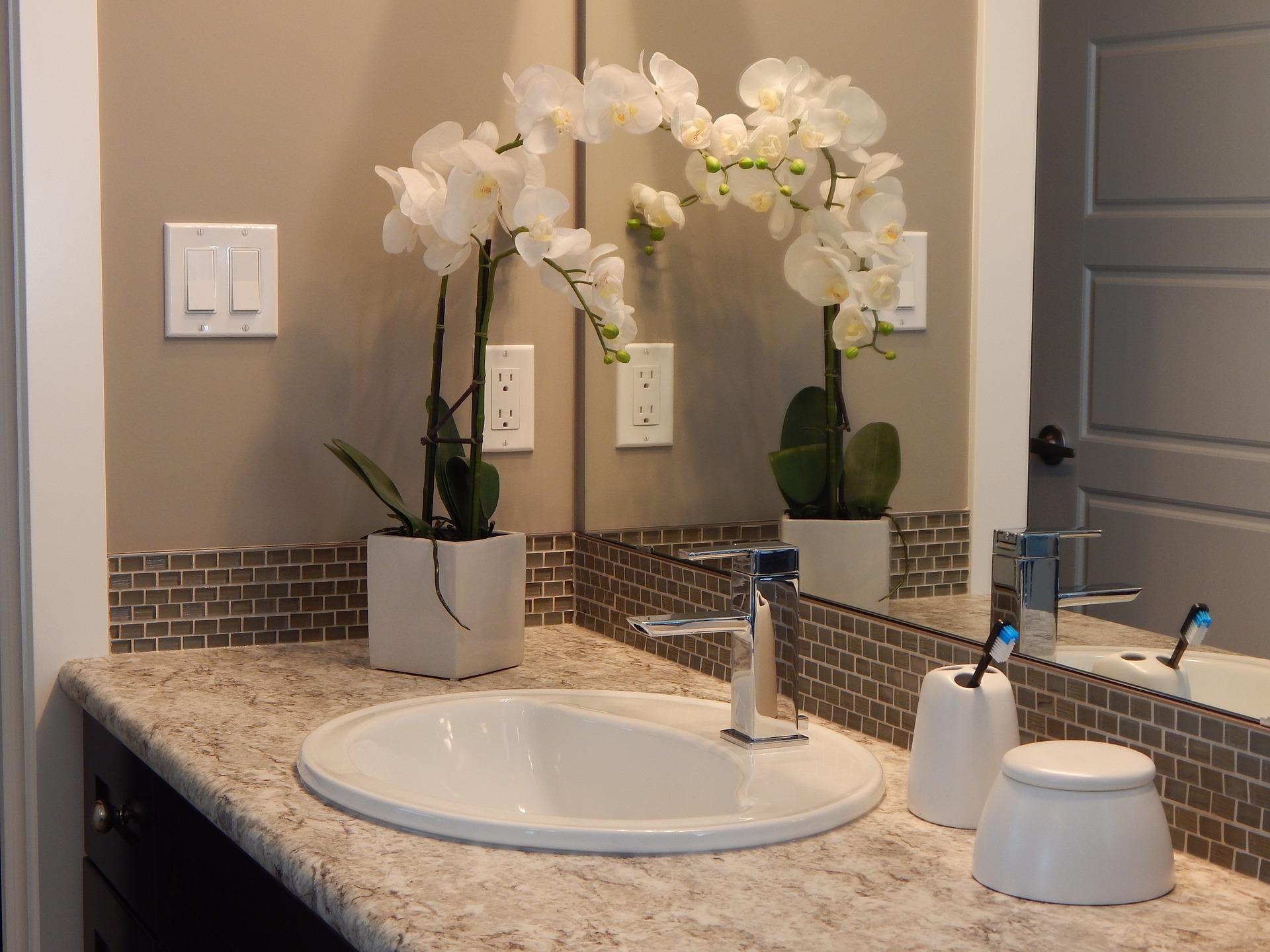badzubeh r sanit r und einrichtung f r ein traumhaftes badezimmer. Black Bedroom Furniture Sets. Home Design Ideas